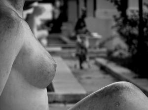 Aumenta tus senos y da un aspecto distinto a tu cuerpo