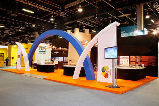 Contribuye con los avances tecnológicos móviles, destácate con un stand de diseño para MWC